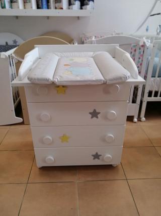 Komoda za bebe sa dodatkom
